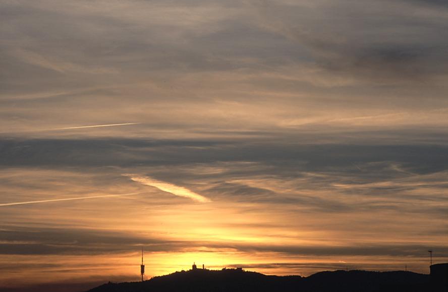 Cirrus a la posta de sol